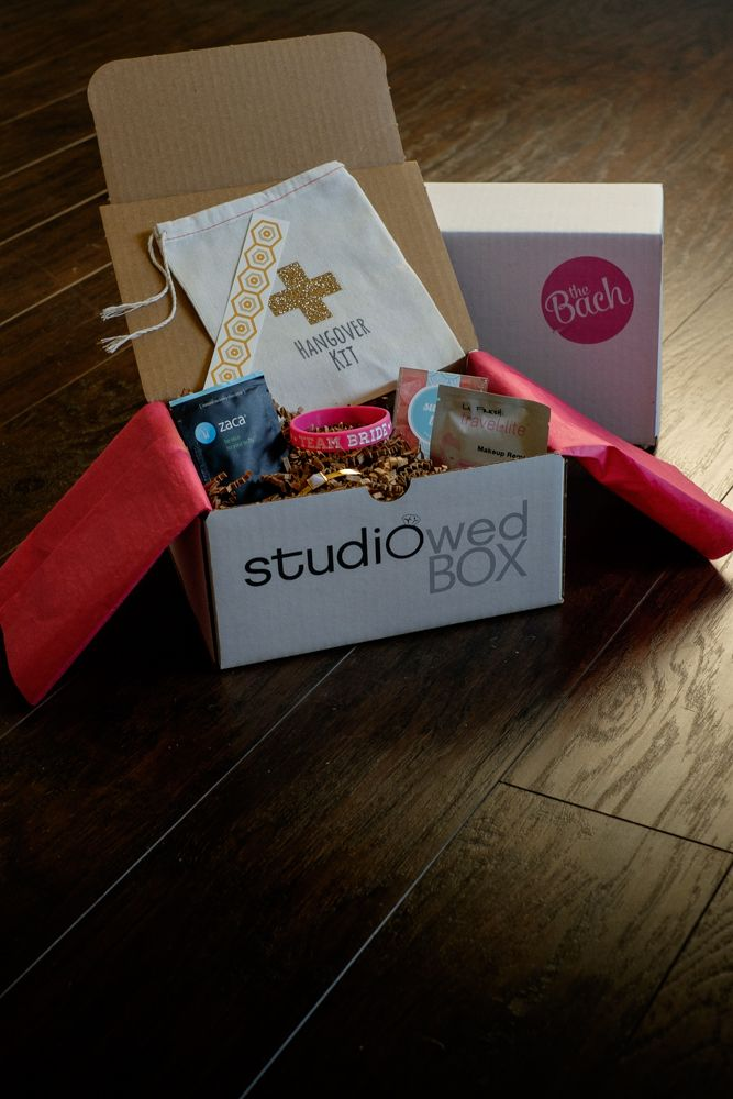 Studiowedbox A Monthly Subscription Box For Engaged Couples Popular Wedding Gifts Wedding Gifts Subscription Gifts