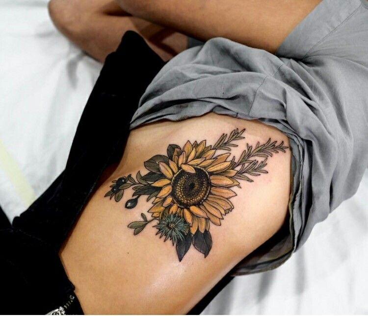 paartreff tattoo körperseite frau
