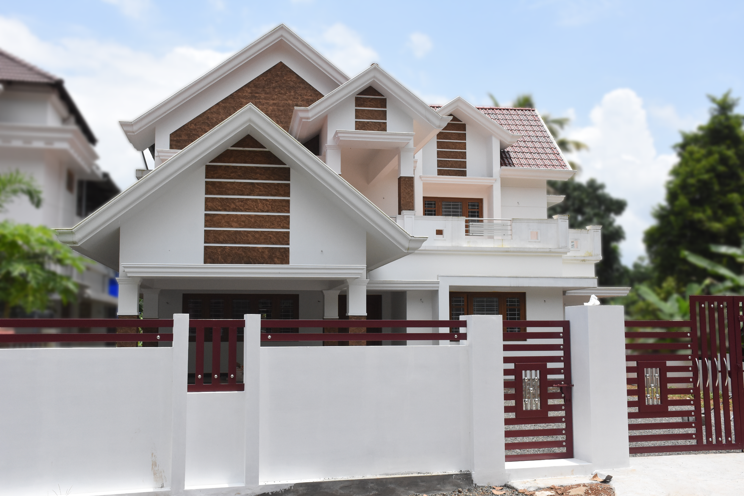 Angamaly, 11 Cents Plot And 3150 Sq Ft, Kerala Style House For Sale In  Angamaly, Near Main Road