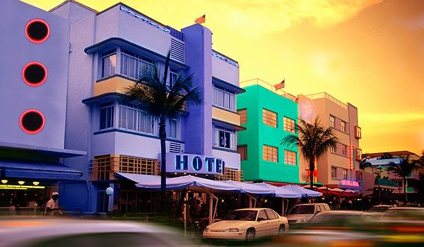 five free things to do miami art deco building and architecture