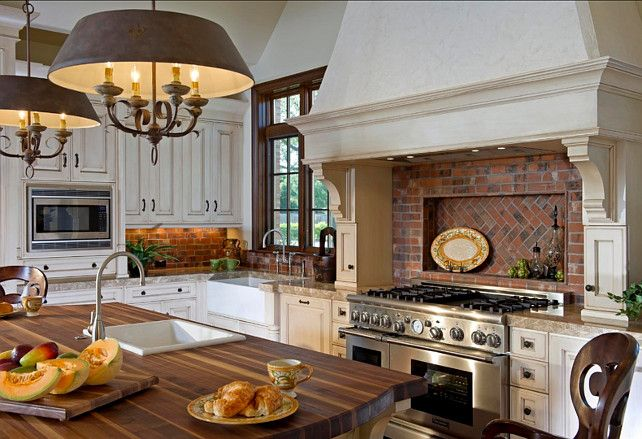 French Kitchen This is a beautiful French Kitchen #French #Kitchen