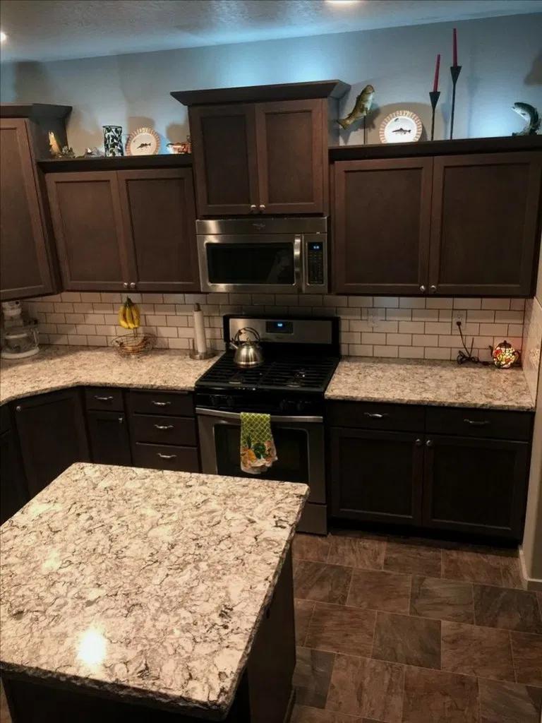 37 Luxury Kitchen Remodel Dark Cabinets Granite At A Glance 00015