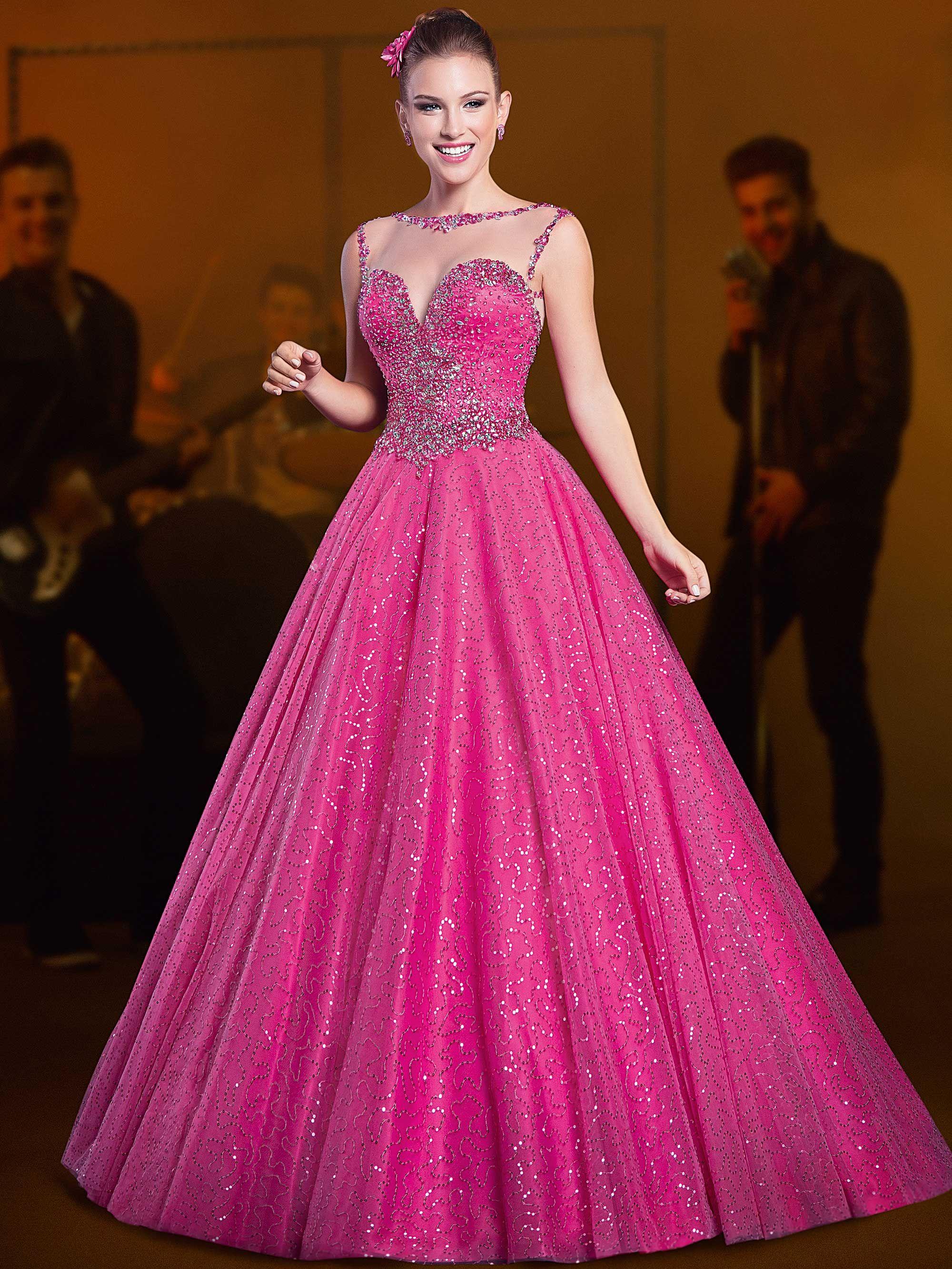 Modelos de vestidos de 15 anos modernos e exclusivos, desenvolvidos ...
