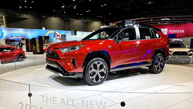 Toyota Is Making Some Serious Things There Is No Wonder Why Rav4 Is One Of The Best Selling Vehicles In The Usa First Toyota Rav4 Toyota Rav4 Hybrid Toyota