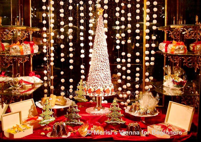 Amazing Merisiu0027s Vienna For Beginners: Demelu0027s Christmas Shop WindowsA Delight For  Young ...