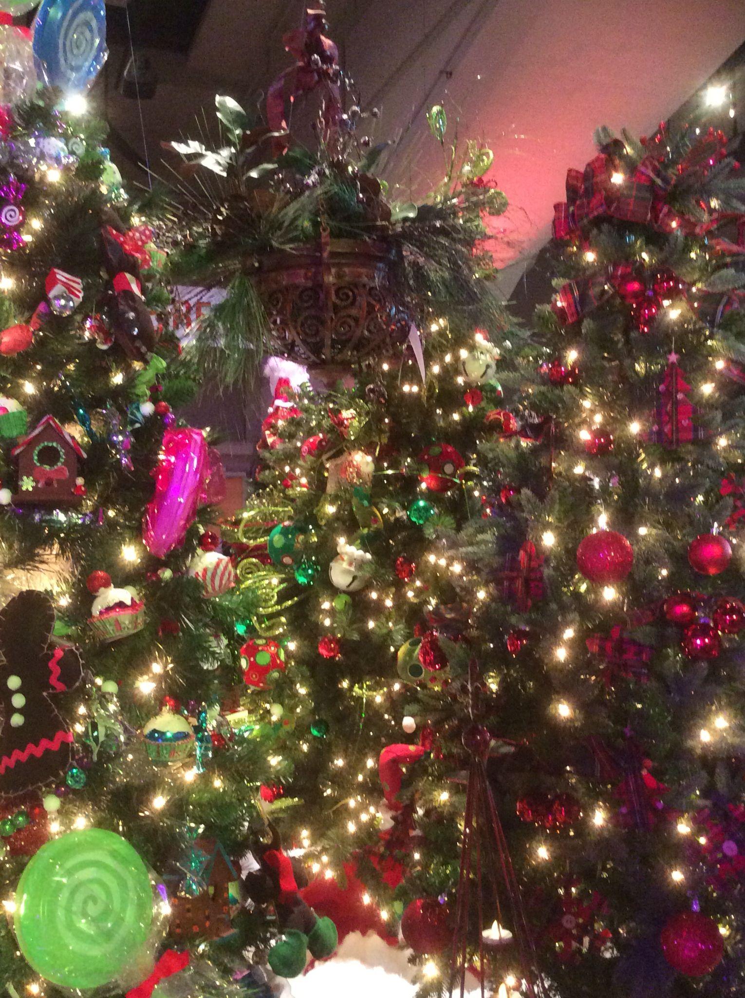 Christmas Tree Festival - Edmonton, Alberta   Christmas 2015 ...