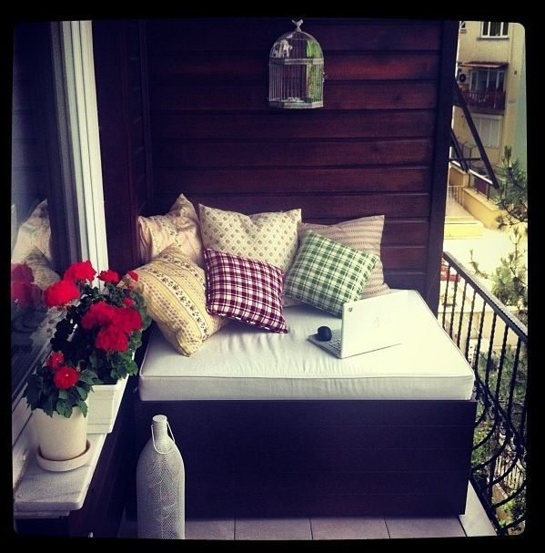 Small Patio Cushioned Bench Seating Cute Small Patio Idea But Possibly Not As High