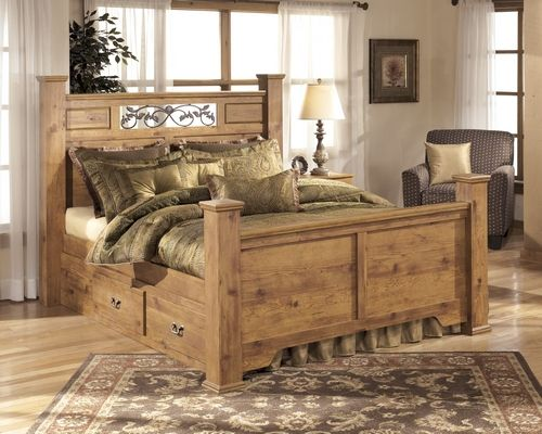 B219 77 | Signature By Ashley Bittersweet Queen Poster Bed Replicated Pine  Grain | Big