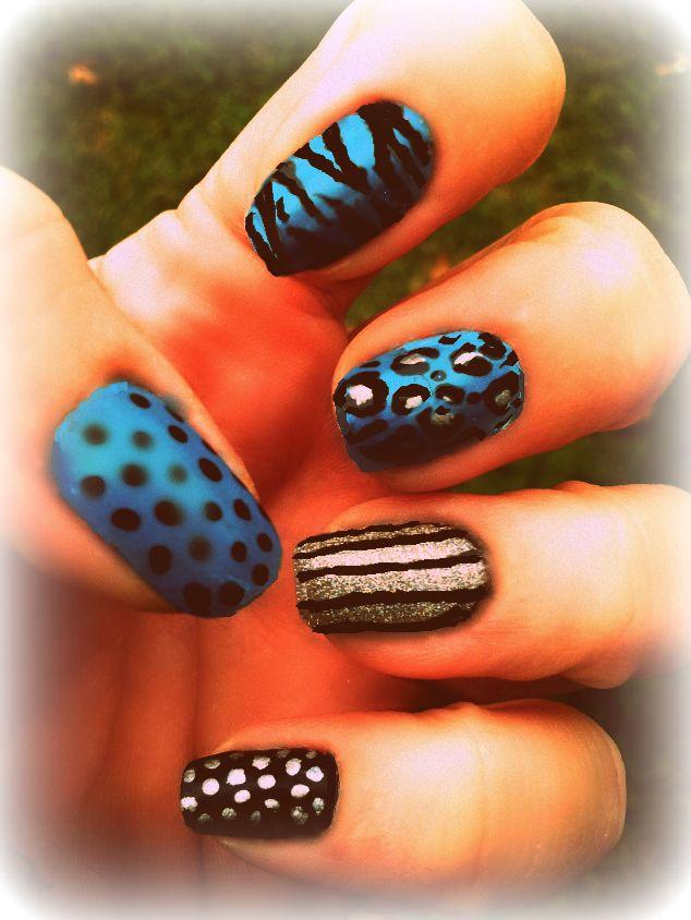 Blue Animal Print And Dots Nail Idea With Nail Art Pens Nails