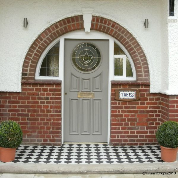 1920s house front door arch after transformation black and white tiles & 1920s house front door arch after transformation black and white ... Pezcame.Com