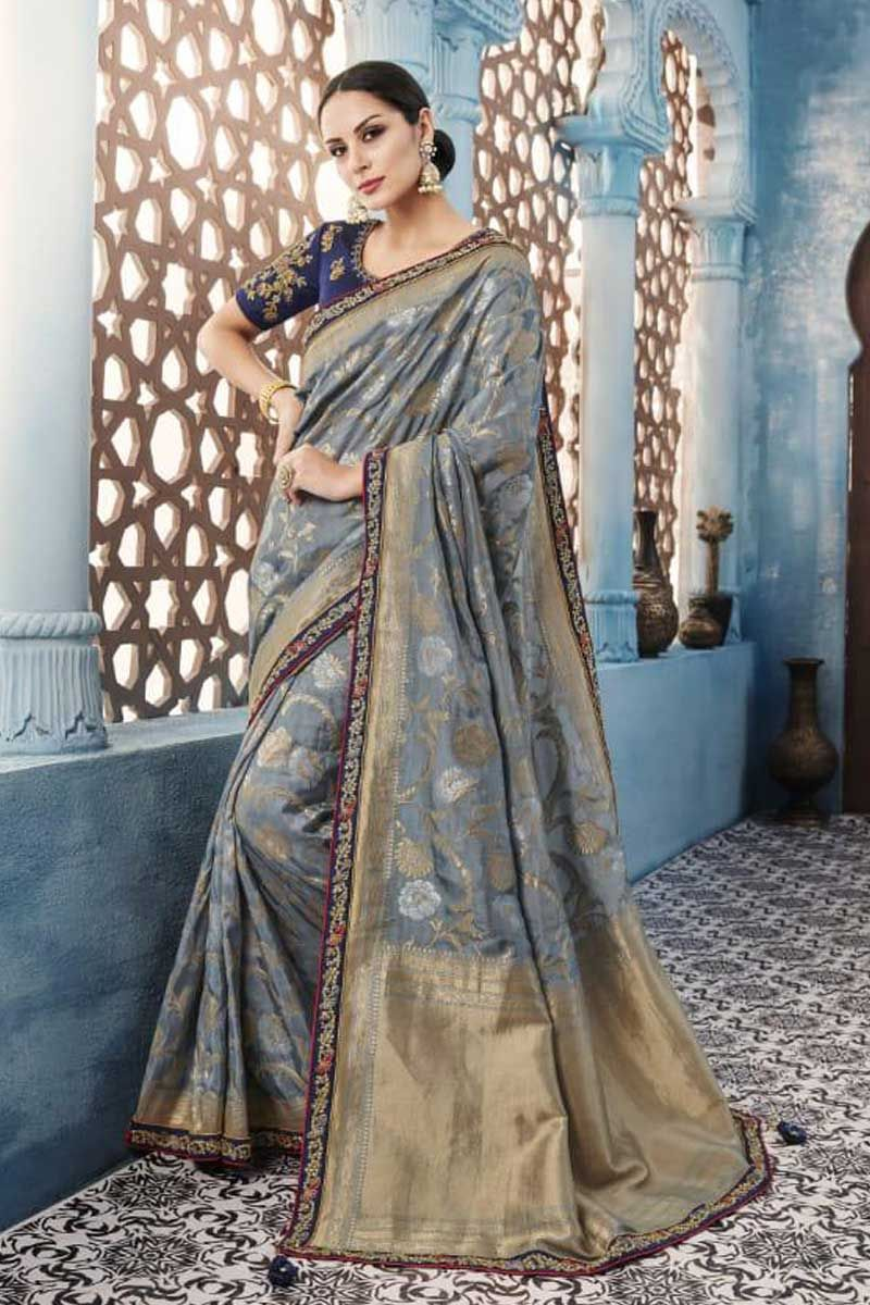 Catalog No 1102 Call Or Whatsapp On 91 9377709531 Www Lkfabkart Com Wholesaledealer Bulksupplier Bulkdealer Saree Designs Silk Sarees Party Wear Sarees