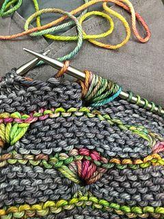 urbanfarmwife's Lehigh Shawl #crochethooks
