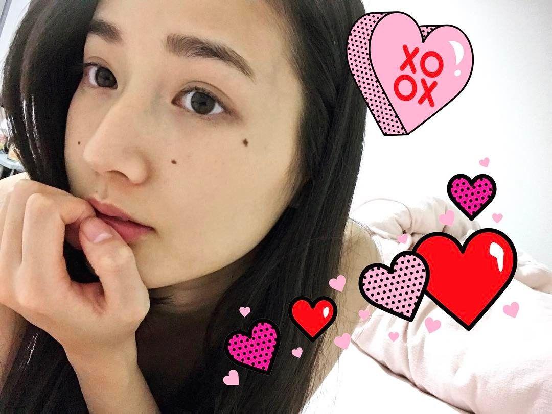 いいね!257件、コメント7件 ― 高嶋香帆さん(@kaho_takashima)のInstagramアカウント: 「ハッピーバレンタイン  さあーて、行って来ますよ!  .  #バレンタインらしい写真ないからスタンプで誤魔化したぜドヤ」