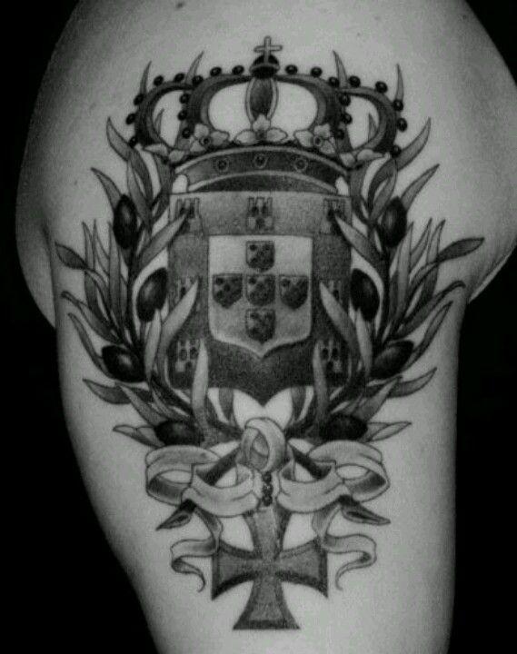 Pin By Ariel Jones On Tattoos 3 Crest Tattoo Portuguese Tattoo Tattoos