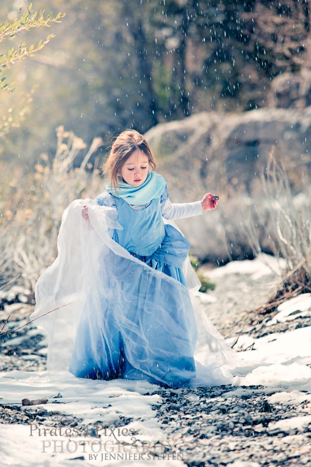Elsa frozen let it go elsa themed shoot las vegas childrens photographer