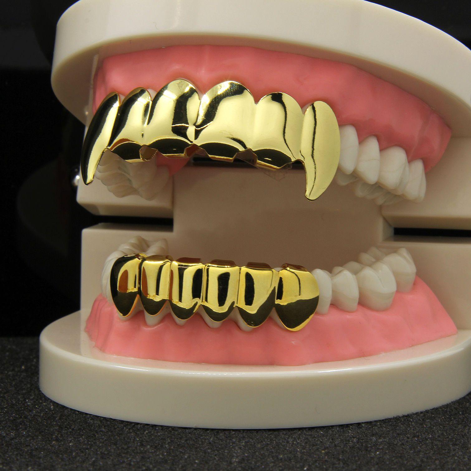 2 Pairs 18k Gold Crystal Teeth Grills Mouth Caps Teeth Hip Hop Dental Grills