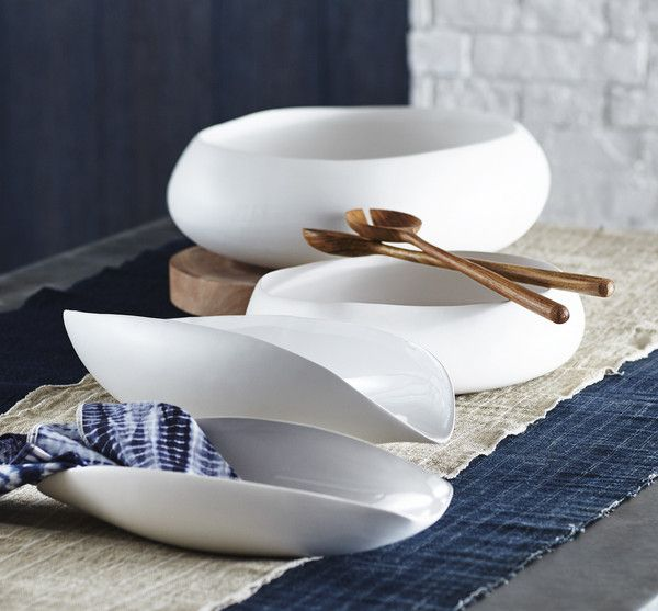 <p>Simply Beautiful!</p> <p>From the Beyaz Serveware Collection from Roost, these graceful, organically shaped bowls are rendered in high fire earthenware...