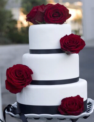 Wedding cakes with red roses pictures