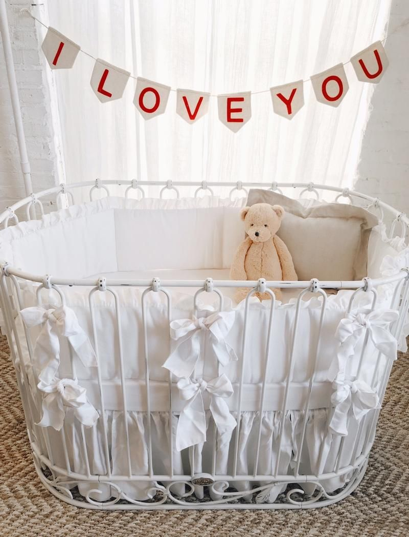 Maybe the sweetest crib + bedding ever. | Oval/Round Baby Cribs ...