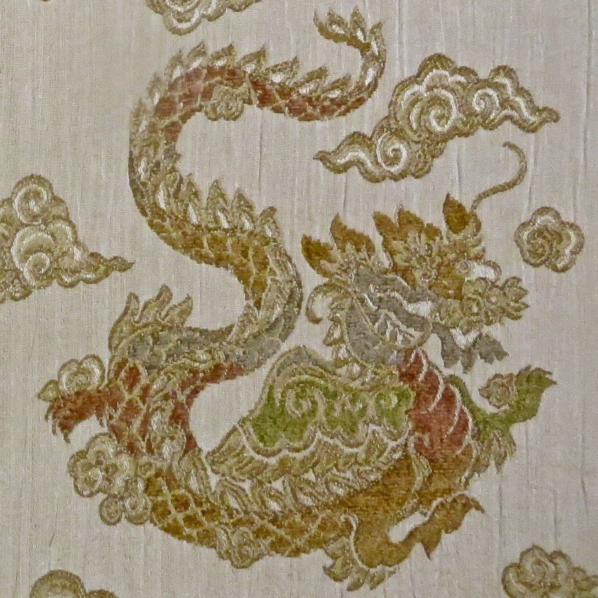 40 Yards Kravet Chenille Dragon Embroidered Pocket Weave Designer Custom Designer Decorator Fabric