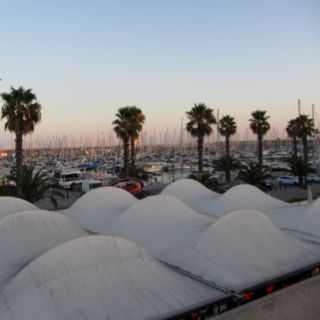 Barcelona - evening starts to fall over the harbour