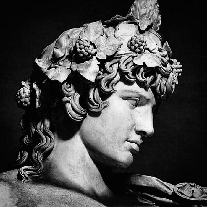 Lieben, Fühlen, Vorstellen, Entspannen, Denken, Hinterfragen - Geschichte ... - Künstler #greekstatue