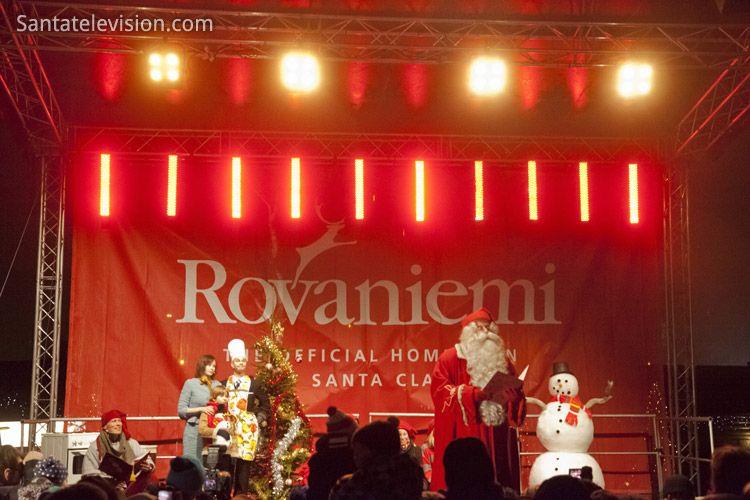 Joulukauden avajaiset Joulupukin pajakylässä (Napapiiri, Rovaniemi)