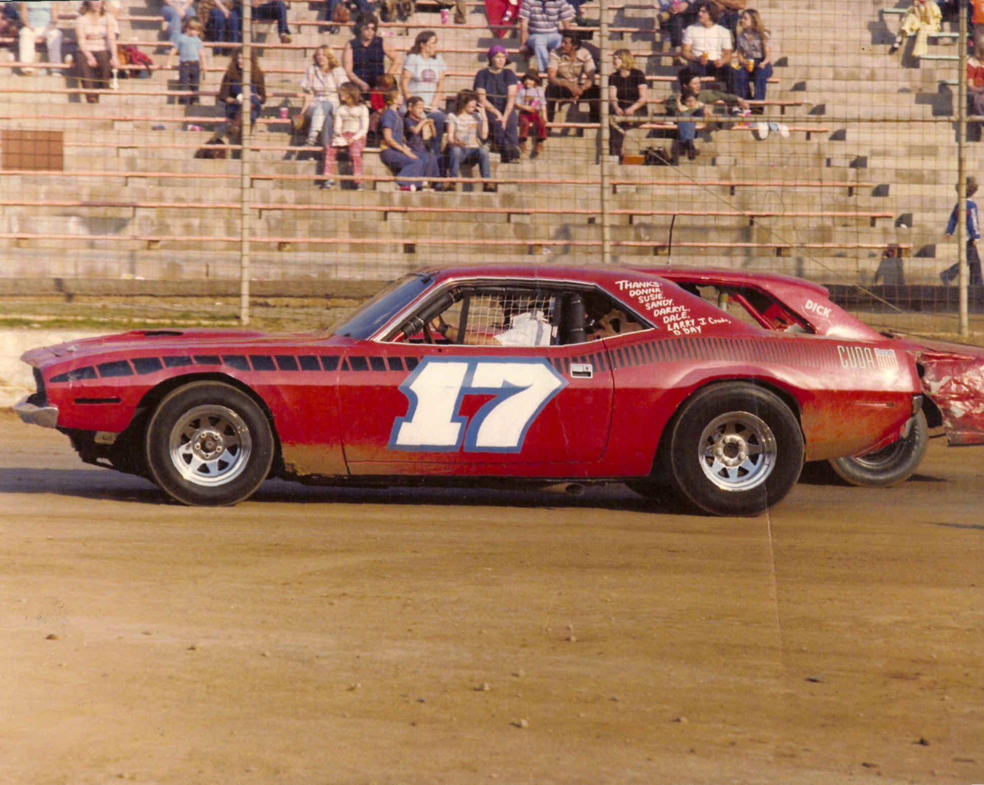Bomber Dirt Track Cars Bing Images With Images Dirt Track