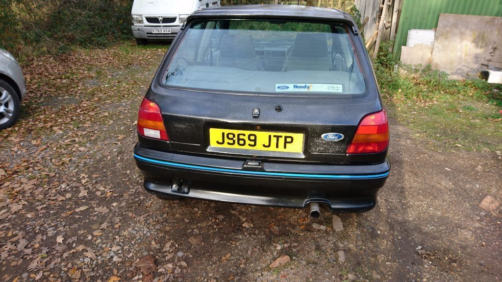 Looking For A Ford Fiesta Xr2i This One Is On Ebay