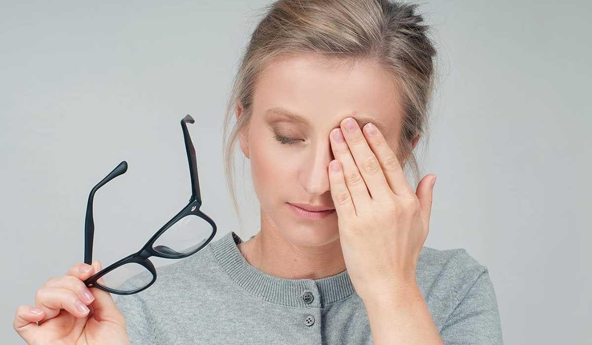 هل نقص فيتامين د يسبب زغللة العين Eyes Health Motivation Inspiration Homeopathic Remedies