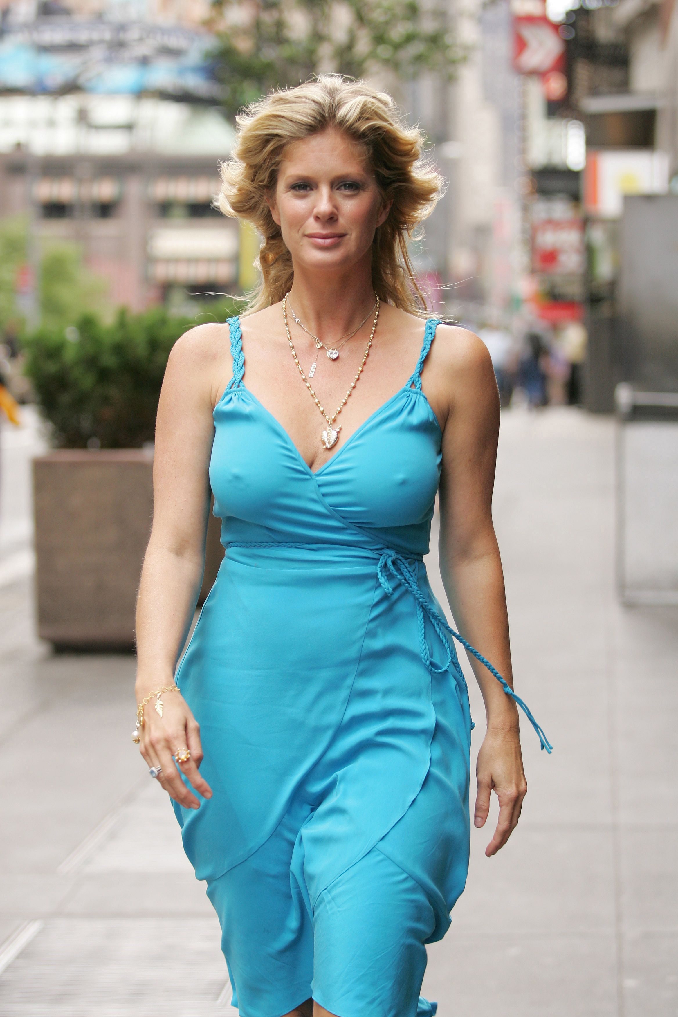 Cleavage Rachel Hunter nude photos 2019