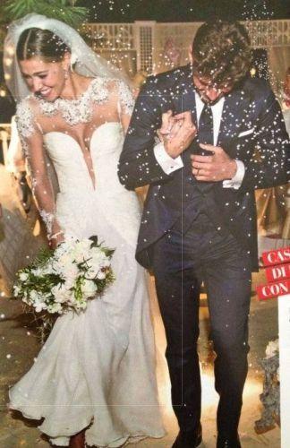 cercare 6f2db 7a545 Risultati immagini per abito sposa belen | Abiti da sposa, Vestito ...