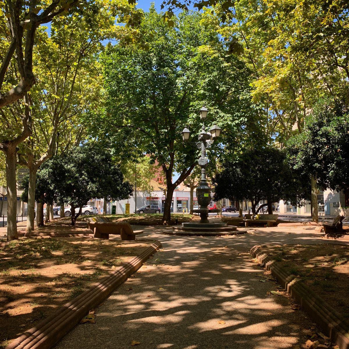 Plaça Granados A Sabadell Fotografia Ciudades