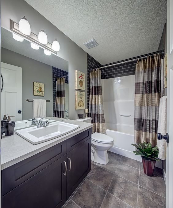 Ordinaire Ideas To Update A Fibreglass Tub And Shower Surround With Dark Subway Tile  By Stepper Homes