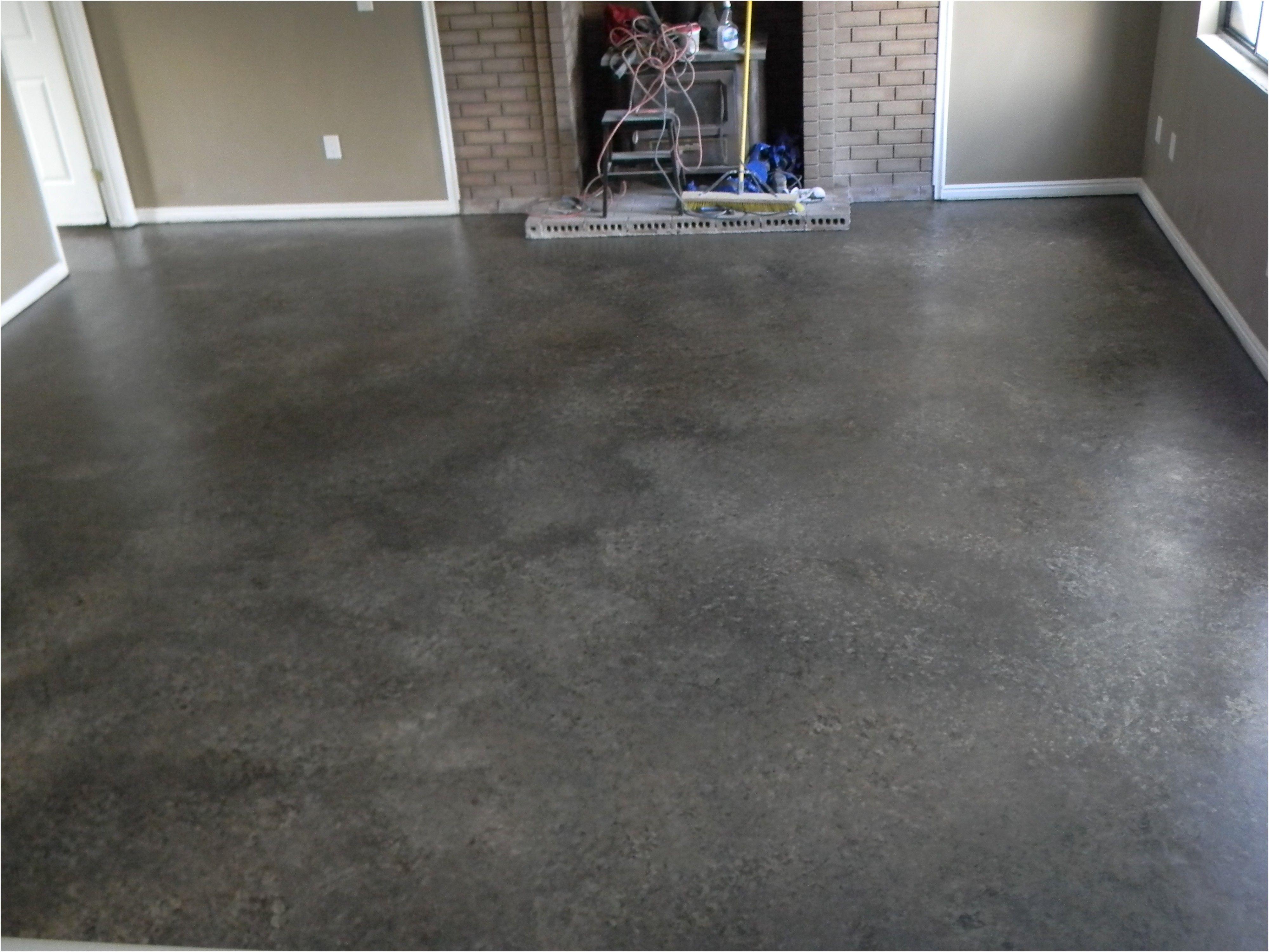 Floor Covering For A Concrete Bat