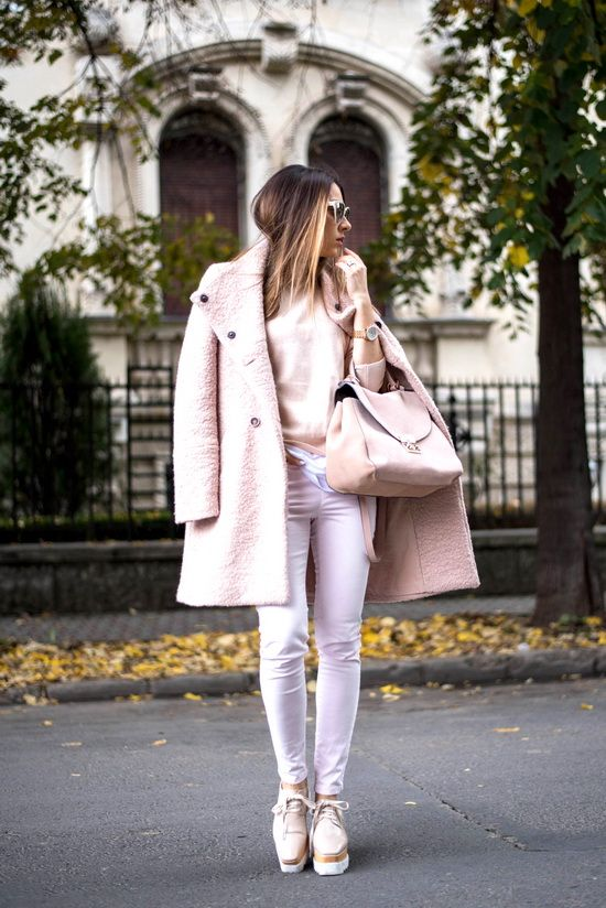 The all pink look - Living in a shoe