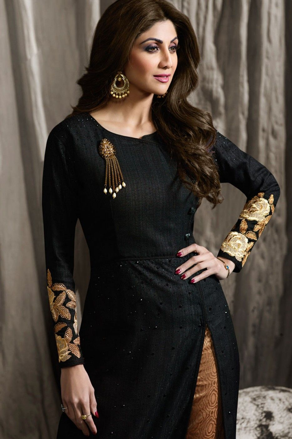 b5fcf6a45a Black Heavy Designer Embroidered Festive Look Shilpa Shetty Party Wear  Straight Pant Style Suit