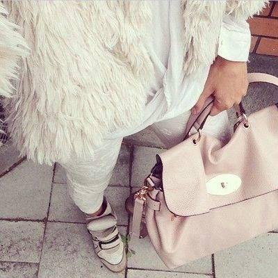 fur with pastel bag