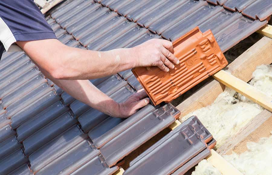 Francis Roofing Services Offers Flat Roof Replacement Service If You Want To Know Flat Roof Replacemen In 2020 Fibreglass Roof Roof Installation Flat Roof Replacement