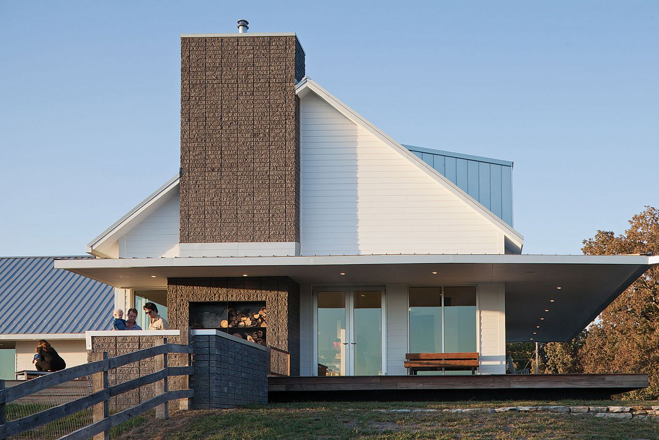 The Porch House located just west of Springfield, Missouri ...