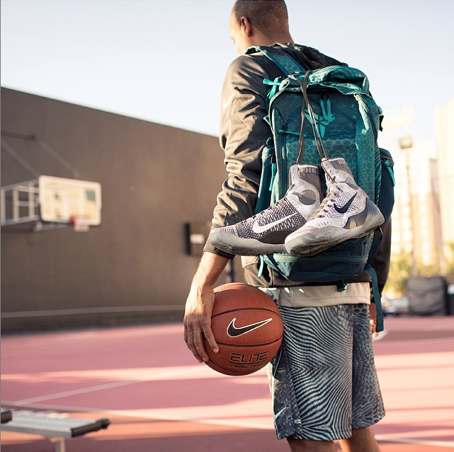 BACKPACK STYLING W/ SHOES
