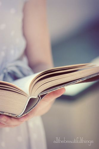 .♥love to read....   Aline ♥