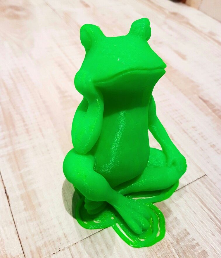 Bored Frog found on www.thingiverse.com Printed with a German RepRap X400 in neongreen PLA