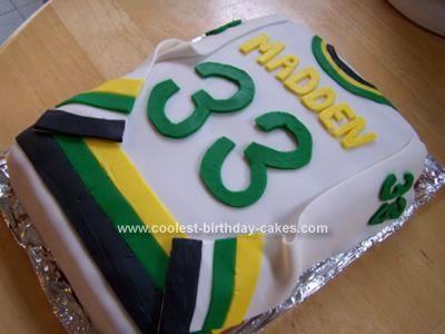 Coolest Hockey Jersey Cake Hockey birthday cake Hockey and