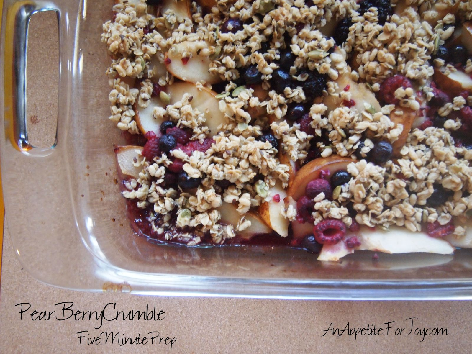 Pear Berry Crumble (5 Minute Prep, Healthy!)