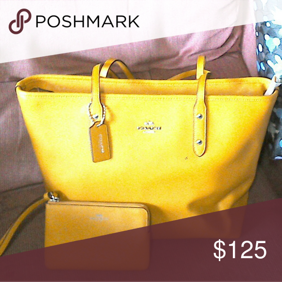 4b4fe84db3be Spotted while shopping on Poshmark  Coach nwt mustard colored tote and  wristlet!!  poshmark  fashion  shopping  style  Coach  Handbags