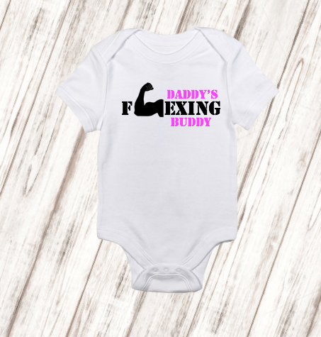 Personalized girls or boys daddys flexing buddy bodysuit free personalized girls or boys daddys flexing buddy bodysuit free shipping baby shower gift baby birthday gift fitness baby onesie negle Image collections