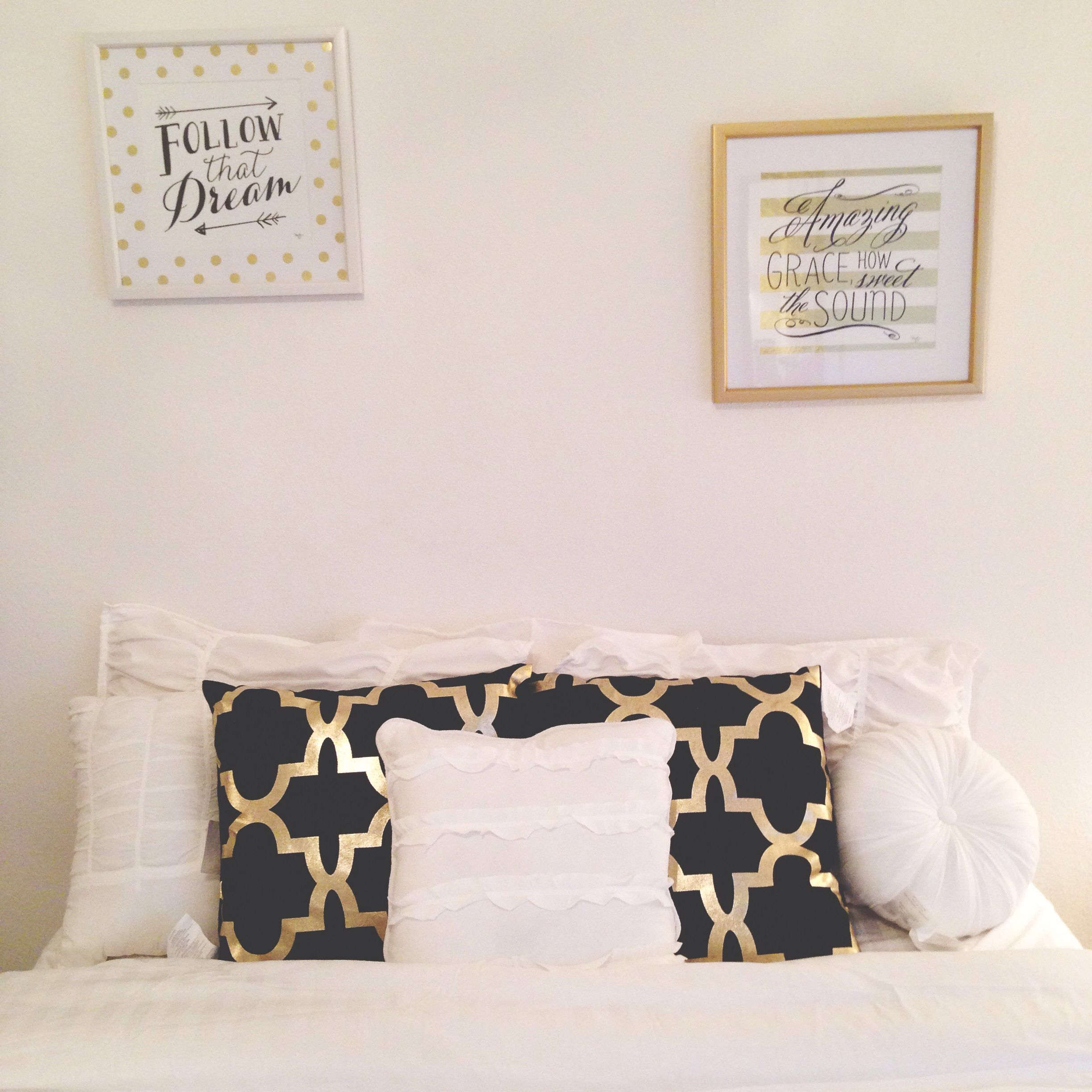 Black, Gold and White Bedroom. Pillows and pictures from Hobby ...