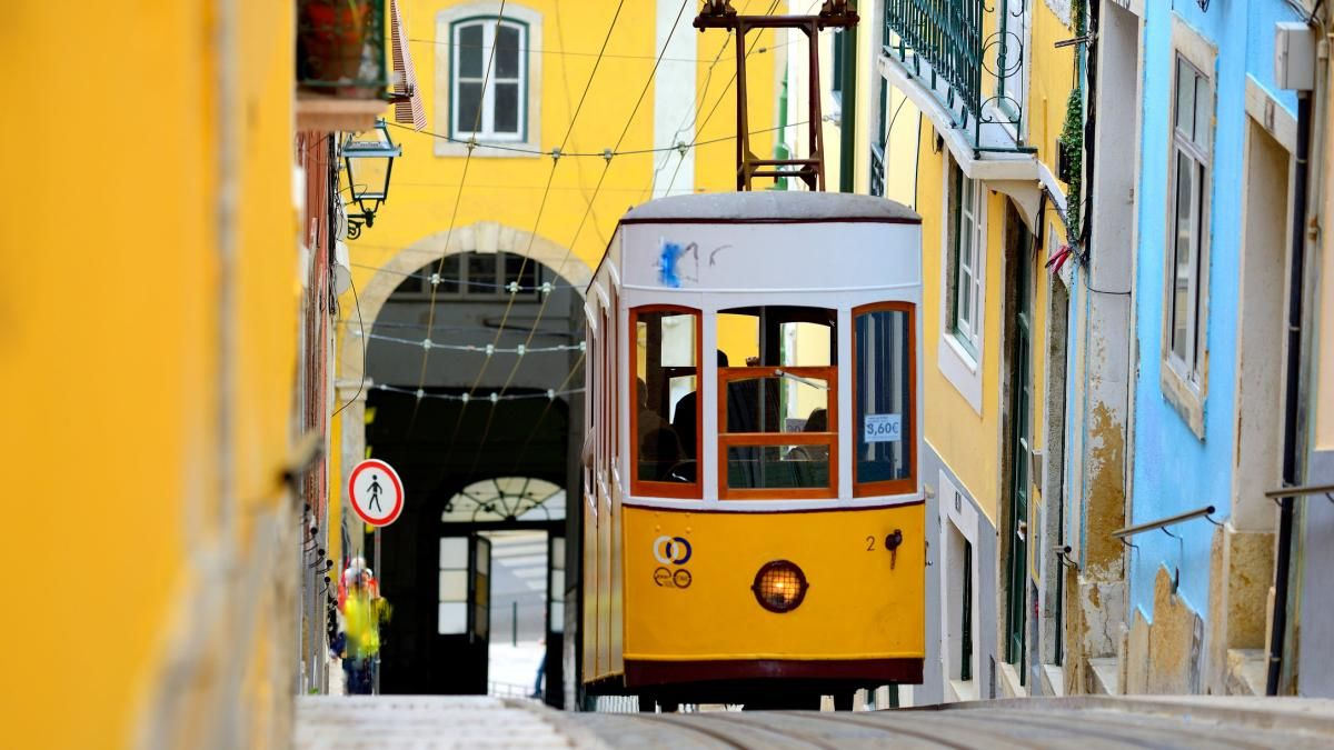 Lissabon: Eine Fahrt mit der Tram? Gehen Sie lieber zu Fuß