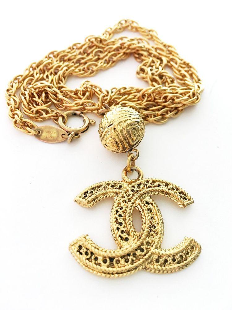 Chanel 1985 byzantine style cc xl logo pendant chain necklace chanel 1985 byzantine style cc xl logo pendant chain necklace excellent rare chanel aloadofball Choice Image